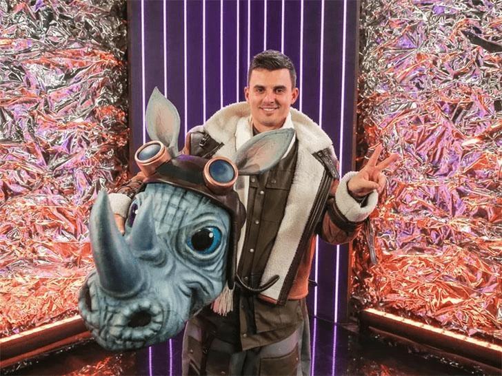 Кирилл Туриченко в шоу «Маска»